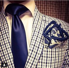 Men's Fashion. Love the pocket square! @Sebastian Ibarra Cruz Couture