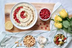 Classic Garlic & Lemon Hummus