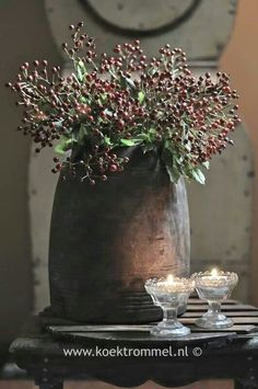 not only beautiful at Christmas - Tineke Koedam - S Deco Floral, Arte Floral, Wabi Sabi, Rustic Decor, Farmhouse Decor, Deco Champetre, Diy Crafts To Do, Deco Boheme, Diy Décoration