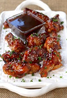 The Best Baked Sticky Hoisin Chicken Wings Recipe Yummy Appetizers, Appetizer Recipes, New Recipes, Favorite Recipes, Amazing Recipes, Easy Recipes, Asian Chicken Recipes, Chicken Meals, Asian Recipes