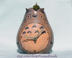 Totoro gourd clock. Yes, please. This is perfect.
