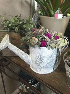 Spring Decorations, Planter Pots, Crafting, Wreaths, Autumn, Diy, Chic, Madeira, Art