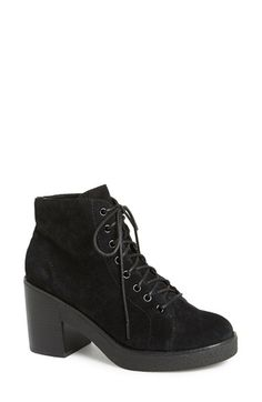 Free shipping and returns on Topshop 'Awesome' Ankle Boot (Women) at Nordstrom.com. The name says it all—this lace-up ankle boot serves up a sturdy block heel and chunky sole that keep '90s style going strong.