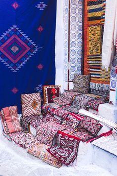 The Blue Pearl of Morocco: Chefchaouen — 8 rue Caffarelli Moroccan Art, Moroccan Design, Moroccan Style, Morocco Chefchaouen, Old Mercedes, Art Mural, Art Décor, Sit Back, Blue Pearl