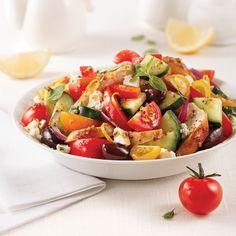Salade de poulet à la grecque - Les recettes de Caty Bruschetta, Le Diner, Cold Meals, Cobb Salad, Potato Salad, Delish, Salads, Food And Drink, Potatoes