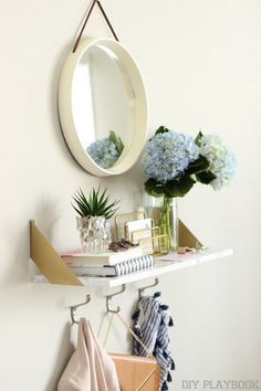 Idea for a makeup station since I can only apply makeup while standing up lol! DIY Marble Shelf - IKEA HACK - DIY Playbook - Great for a little bathroom storage Apartment Needs, Apartment Therapy, Ideas Dormitorios, Apartment Entrance, Gold Shelves, Marble Shelf, Diy Home Decor Rustic, Entryway Shelf, Amazon Home Decor