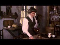 El trigo está verde con Katharine Hepburn. - YouTube