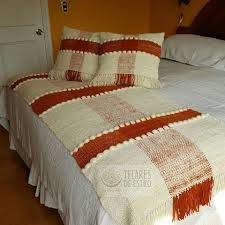 Resultado de imagen para telares pieceras Weaving Art, Traditional Rugs, Pattern Drawing, Loom Knitting, Hygge, Comforters, Textiles, Tapestry, Blanket