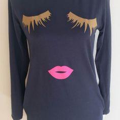 Camiseta/Vestido Pestañas Azul Puedes encontrarlo en www.guapesifines.com