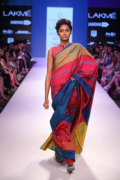Lakmé Fashion Week – KRISHNA MEHTA AT LFW SR 2015