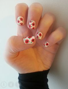 'Lest We Forget' ~ Remembrance Nails