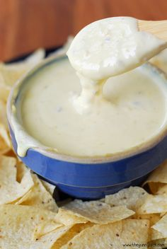 This queso blanco recipe is an easy way to make white cheese dip using Velveeta and peppers. This queso recipe is the perfect appetizer for parties!