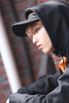 Stuff Crocell Loves — straykidsvideo: Stray Kids' First. Lee Min Ho, Mixtape, Rapper, Baby Squirrel, Pre Debut, Kid Memes, Kids Wallpaper, Ji Sung, Lee Know