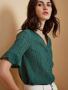 Blouse Verte, Couture, Crochet Top, Embroidery, Sewing, Lace, Blouses, Outfits, Inspiration