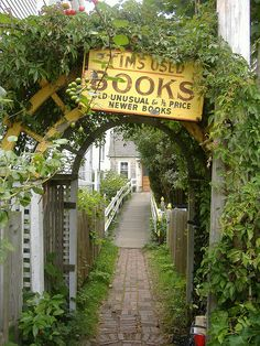 Tim's Used Books in P-Town by Megliz, via Flickr
