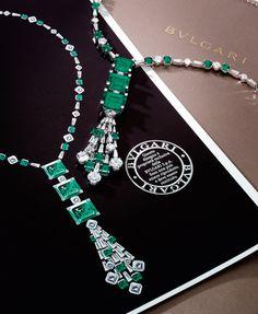 Important Emerald and Diamond Demi-Parure, Bulgari Art Deco Jewelry, Modern Jewelry, Fine Jewelry, Bulgari Jewelry, Emerald Jewelry, Jewelry Design Drawing, Jewelry Illustration, Jewellery Sketches, Beautiful Necklaces