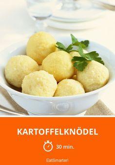 Kartoffelknödel selber machen | http://eatsmarter.de/rezepte/kartoffelknodel