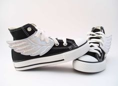 Like the shoes in Percy Jackson! :)