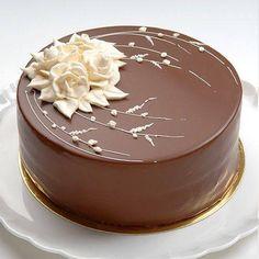 Simply Elegant Chocolate Cake