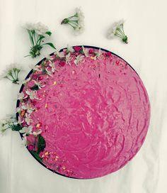 Multe torturi colorate din Camara adunate! #takeaway #catering #delivery #vegetarian #rawvegan #manancasanatos