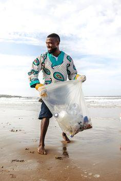 Beach Clean Up, Clean Ocean, Devon Beach, Ocean Cleanup, Uk Beaches, Beauty Planet, Ocean Pollution, Ocean Day, Minimalist Beauty