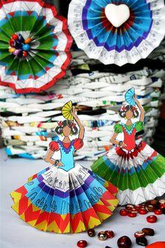 fiesta senoritas and rosettes.  Tutorial and free printables