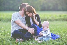 Family photo poses...cute ideas!