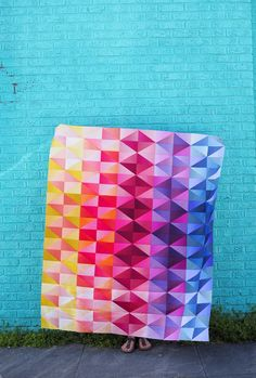 modern quilting designs Dusk to Dawn Quilt Pattern by Meghan of Then Came June. This quilt is perfect for someone who loves to play with color gradients! Use your favorite color Throw Quilt Size, Baby Quilt Size, Baby Quilts, Baby Size, Beginner Quilt Patterns, Quilting For Beginners, Sewing Projects For Beginners, Bargello Quilts, Patchwork Quilting