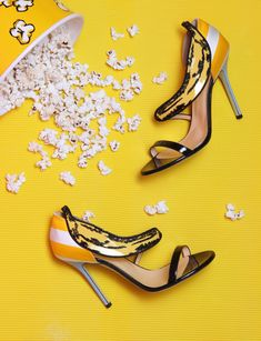 61 Ideas for fashion shoes photography inspiration editorial Clothing Photography, Fashion Photography, Photography Bags, Shoe Advertising, Shoe Ads, Shoes Editorial, Editorial Fashion, Fashion Still Life, Popcorn