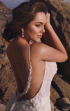 V-Neckline Fit-and-Flare Wedding Dress with Floral Details - Martina Liana Elegant Wedding Dress, Best Wedding Dresses, Designer Wedding Dresses, Lace Wedding, Couture Wedding Gowns, Bride Look, Tulle Fabric, Bridal Collection, Fit And Flare