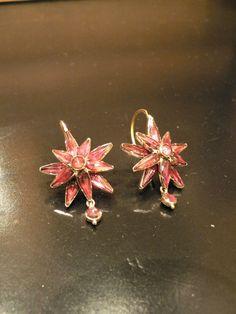 Boucles d'oreilles étoiles en Grenat de Perpignan, époque Second-Empire