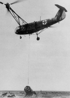 Focke-Achgelis Fa 223 DM+SR on 14th May 1944 lifting wreckage of a DO-217.