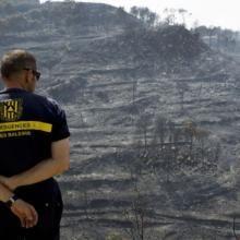 Desalojado un pueblo entero por el incendio incontrolado de Andratx, Mallorca. Hay 700 personas evacuadas