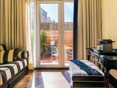 Terraza Habitación Triple #h10hotels #h10 #h10catalunyaplaza #barcelona #boutiquehotel