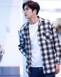 rowoon's airport fashion compilation part 2  @sf9official  #Rowoon #KimRowoon #김로운 #로운 #SF9 #에스에프나인 #FNC