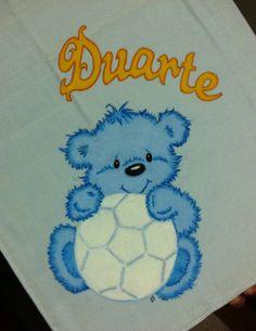 Fraldinha com ursinho azul para o bebe Duarte