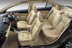 Kích thước tổng thể 4.410 mm dài, 1.700 mm rộng và 1.475 mm cao. Khoảng sáng gầm xe 145 mm. Dung tích bình xăng 45 lít. Bản nâng cấp mới nhất trong dòng xe Toyota Vios mang phong cách thiết kế mới, dài hơn cao hơn so với phiên bản cũ , mang tới cái nhìn hiện đại hơn, cao cấp và sang trọng hơn, điển hình chính là cụm đèn pha, những chi tiết trang trí bằng crom, bộ la-zăng 15 inch, hoặc tùy chọn bộ la-zăng 16 inc