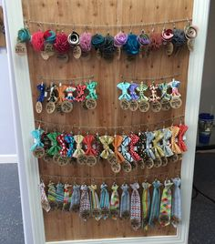 accessories display So in love with this retail display of our collar accessories at Paradise Paws in Tampa. Dog Grooming Shop, Dog Grooming Salons, Dog Grooming Business, Dog Shop, Poodle Grooming, Accessories Display, Dog Accessories, Pet Store Display, Bow Display
