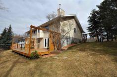 Spruce Grove Real Estate - Rianne Edwards & Len Switzer