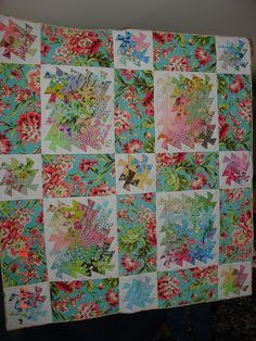 Aloha finished! by Dee'sDoodles, via Flickr  a good way to use the little twister to make a big quilt