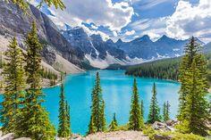 Dünyamız doğal ve insanoğlunun yaptığı tarif edilemeyecek güzelliklerle dolu. Keşke her bir köşesini görecek hepimizin vakti ve parası olsa ama ne yazık ki...