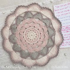 Romantic crochet doily by BautaWitch. Idea for crochet rug Crochet Mandala, Crochet Doilies, Crochet Flowers, Free Crochet, Knit Crochet, Afghan Rugs, Crochet Squares, Crochet Projects, Fun Crafts