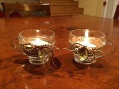 Recuperate due tazzine da caffè e riutilizzate come porta lumino, il cuore in alluminio è stato ricavato da una lattina di birra
