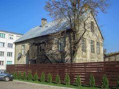 Balkonik na sukot - Społeczne Muzeum Żydów Białegostoku i regionu Cabin, Bar, Mansions, House Styles, Home, Decor, Decoration, Manor Houses, Cabins