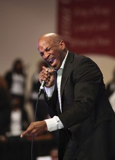 GRAMMY-winning gospel artist Donnie McClurkin takes us to church during a performance on Nov. 4 in Bloomfield, Conn.