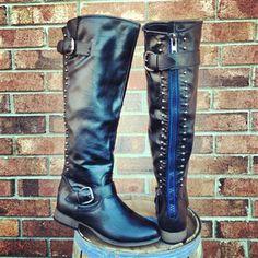 Running Wild Boots - Black