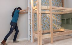 DIY built-in bunk bed ideas Bunk Beds Built In, Kids Bunk Beds, Cool Diy Projects, Home Projects, Coordinating Paint Colors, Diy Kids Furniture, Diy Bed, Bed Ideas, Cladding