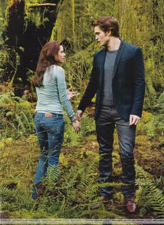 Scans-People-Twilight-Collector-s-Edition-edward-and-bella-