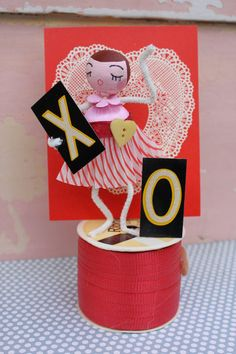 Vintage Style Spun Head - Valentine's Day, XO in Red