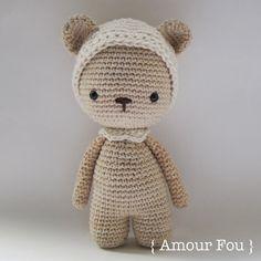 Pemberley, el oso - patrón de ganchillo por {Amour Fou}
